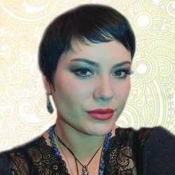 Алена Гадалка