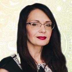 Яна Таролог