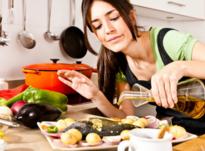 Шепотки во время готовки: заговариваем блюда на удачу и счастье