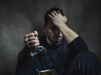 Что делать, если муж алкоголик и сильно пьет?