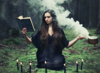 Бытовая магия для женщин: как привлечь любовь, удачу и деньги в дом
