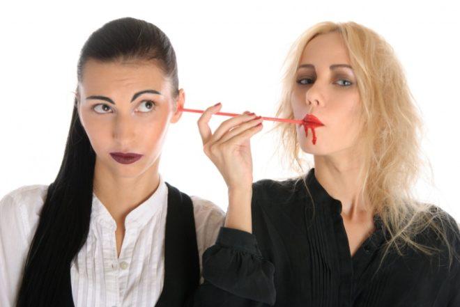 Энергетические вампиры в офисе: строим эффективную защиту