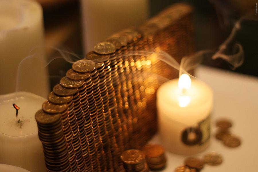 Ритуалы для денег телефон для больших денег заговор