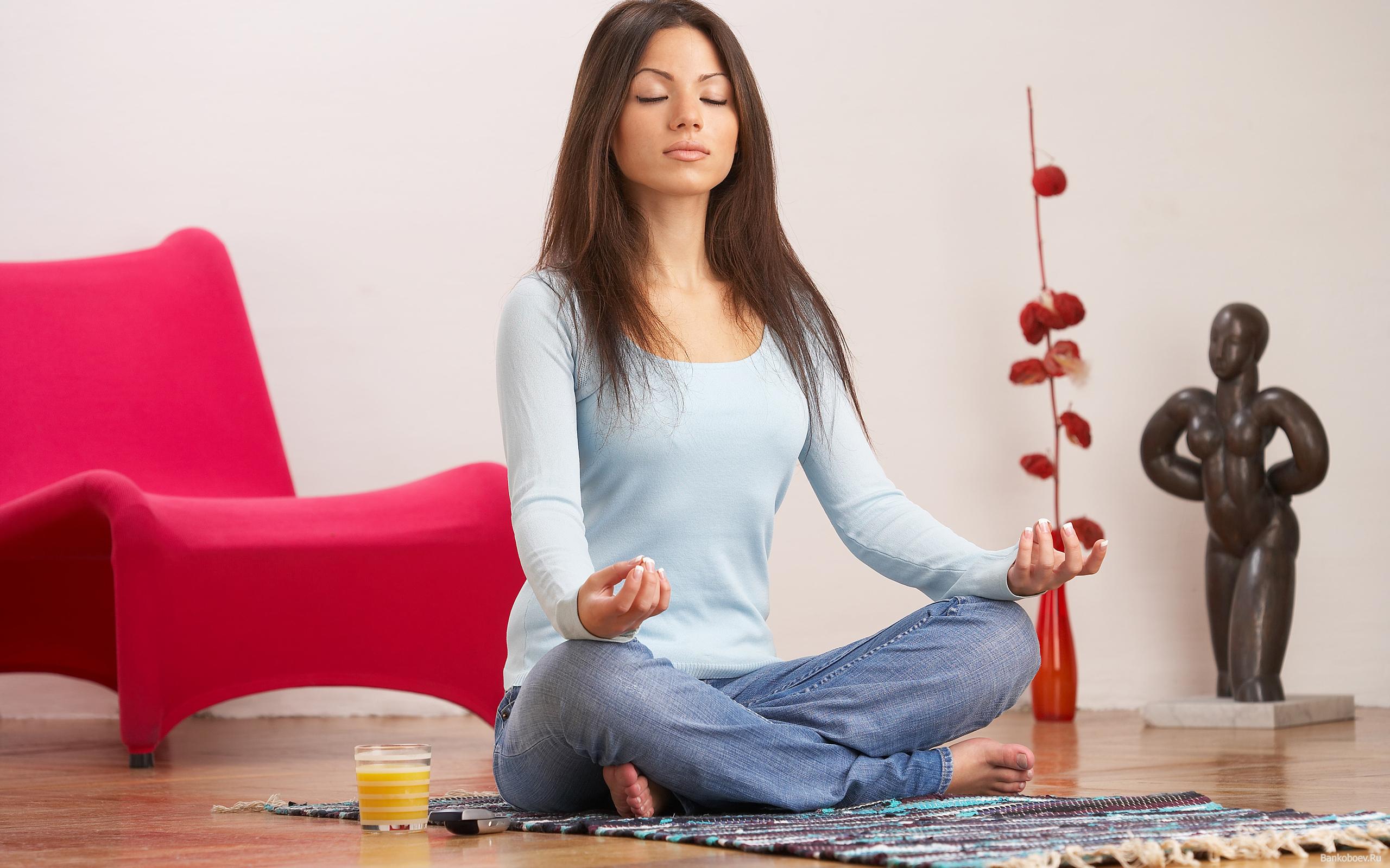 Как научиться медитировать в домашних условиях?