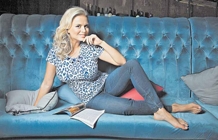 Певица Анна Семенович пишет эзотерический роман в стиле Ричарда Баха