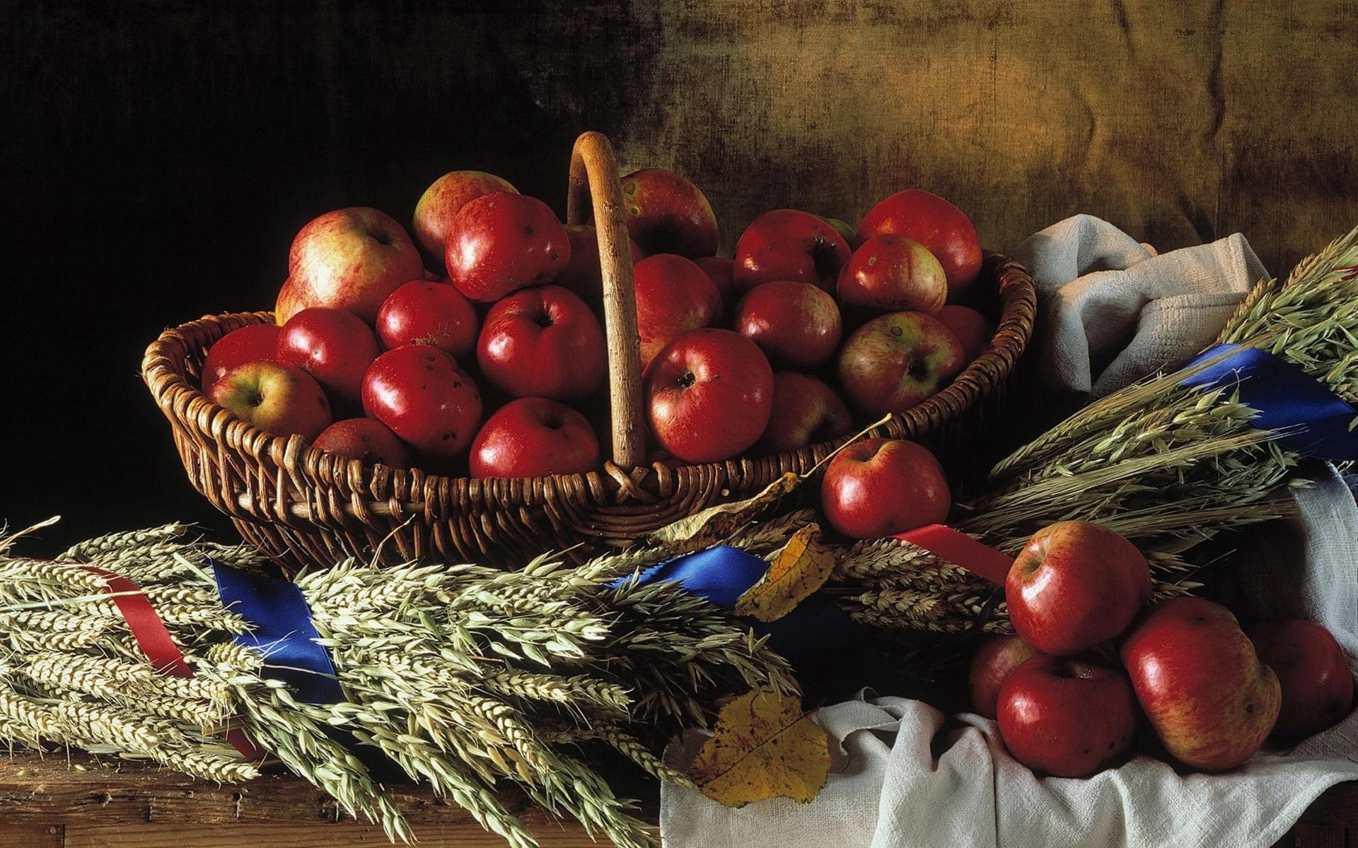 Яблочный Спас: обряды, ритуалы, традиции