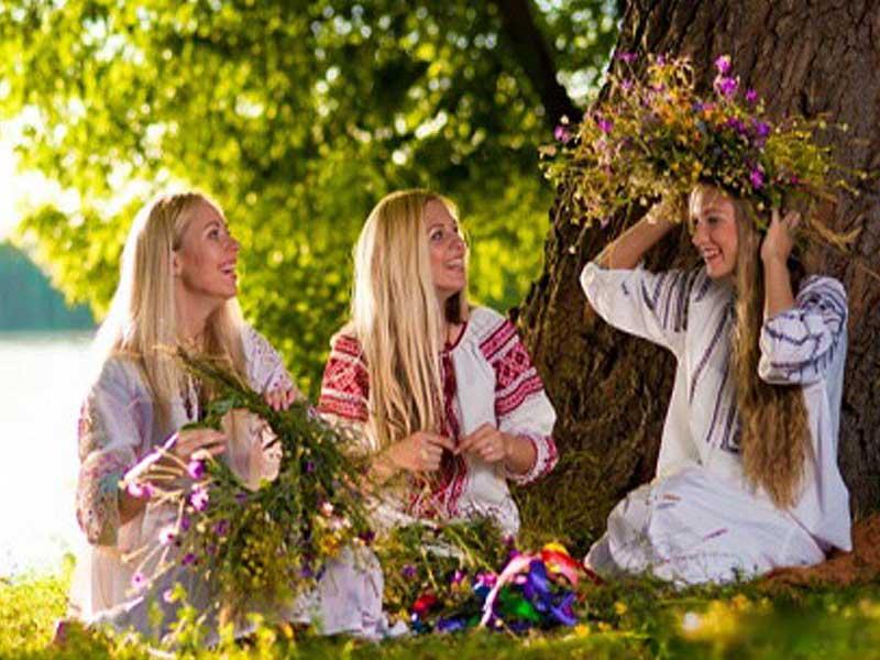 Воскресенье 27 мая Святая Троица 2018: гадания и заговоры на любовь!
