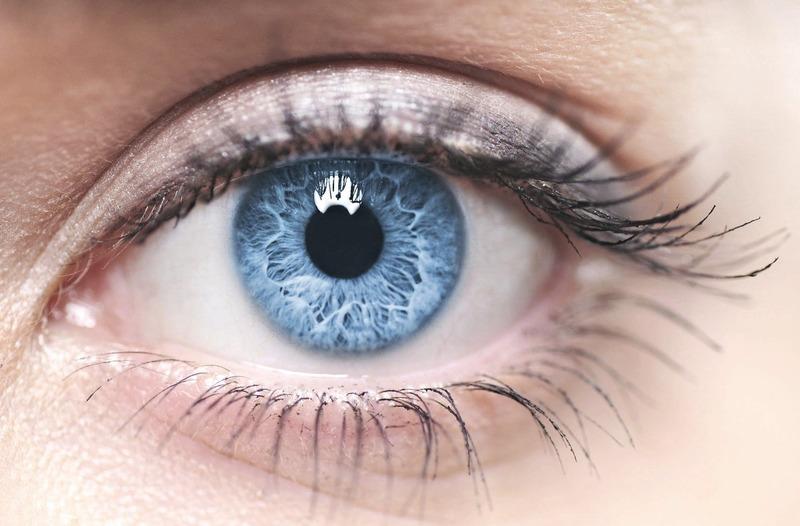 10 интересных фактов про энергетику людей с синими и голубыми глазами