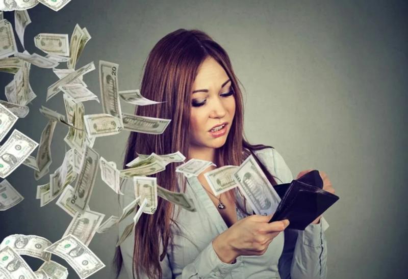 Щедрость или расточительность: как правильно делиться деньгами и эмоциями
