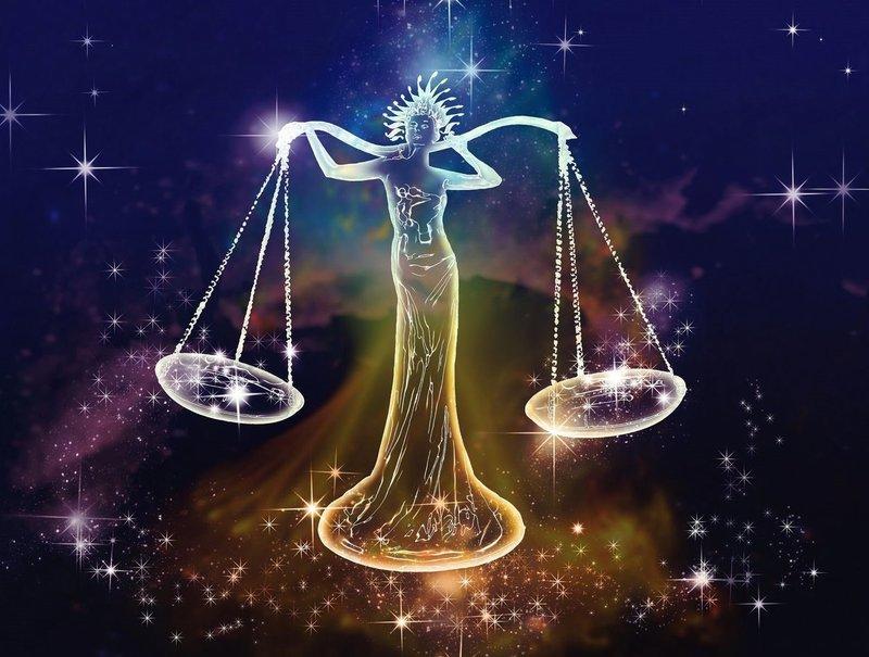 Совместимость с Весами в любви. Рекомендации астрологов для всех знаков зодиака