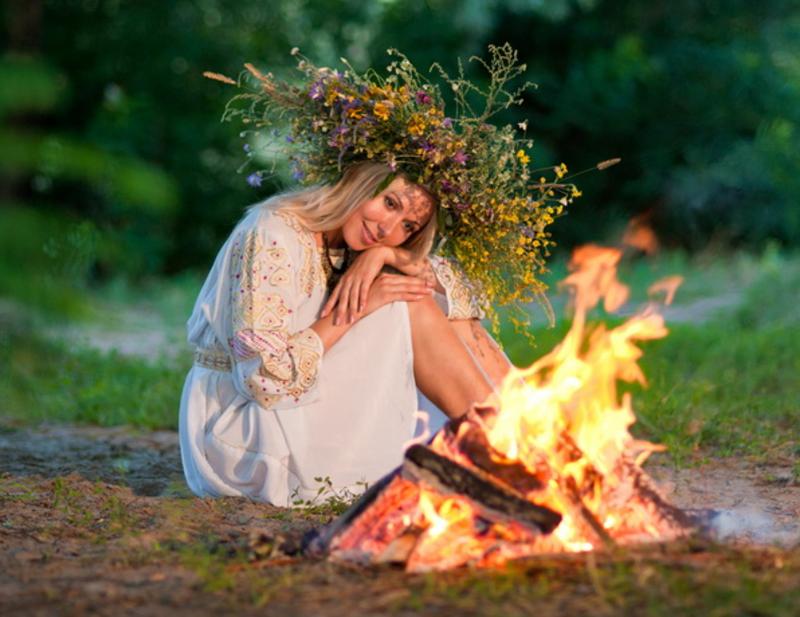 Пролетье. Три обряда, которые помогут женщине сохранить лад в семье