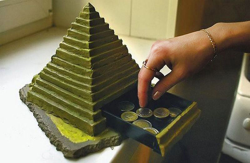 Домашняя пирамида для привлечения денег