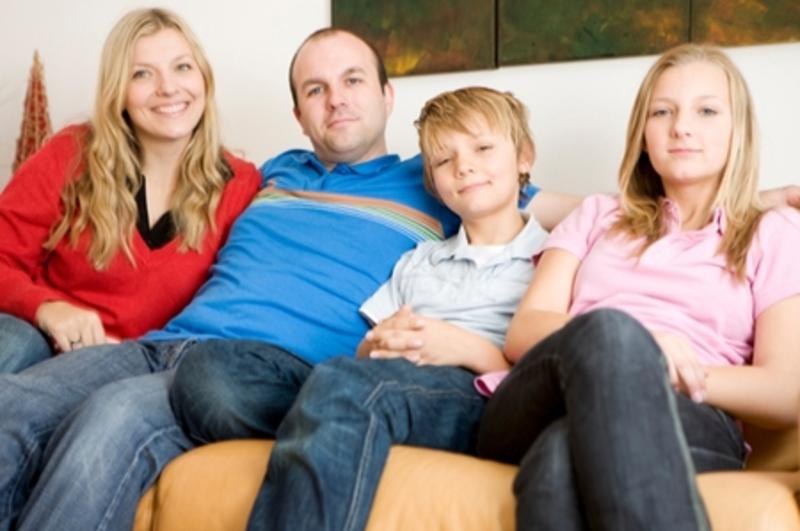 Как любить его ребенка от первого брака и надо ли? Рассказывает психолог