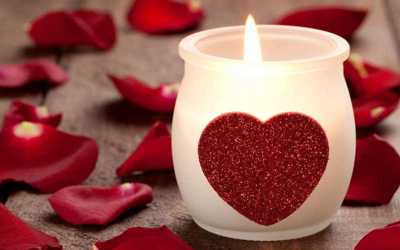 Гадания на новый год 2020 на любовь