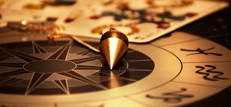Гадание по маятнику: как предсказать будущее