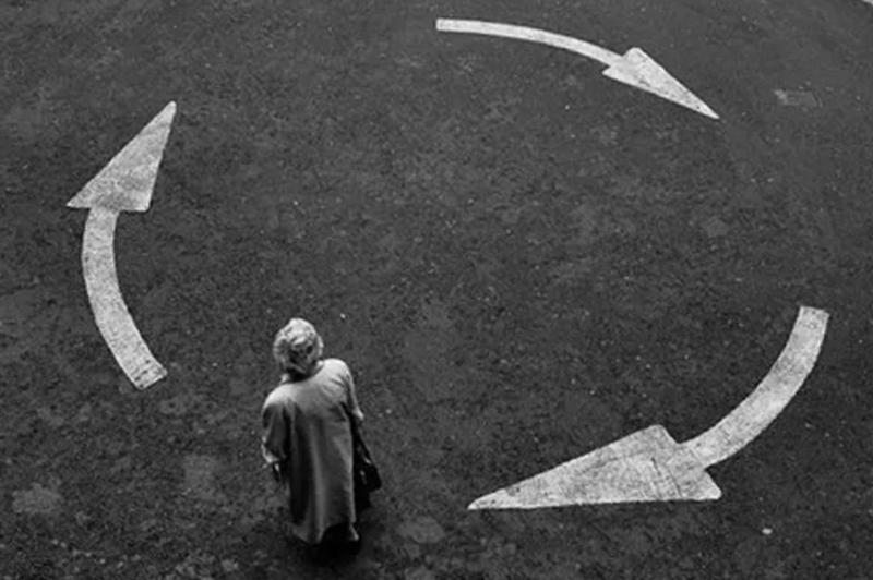 Закольцованные неудачи: почему мы наступаем на одни и те же грабли