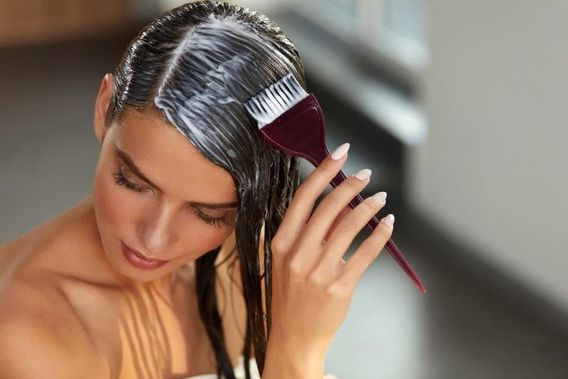 Лунный календарь окрашивания волос на октябрь 2021 года