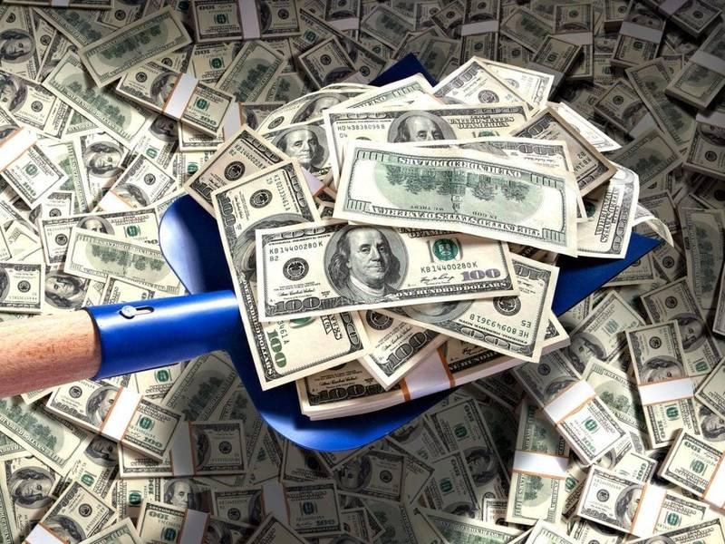 Денежный обряд «Кладешь рубль — берешь тысячу»: как проложить путь к богатству