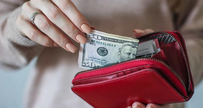 Самый мощный ритуал на деньги в Новолуние