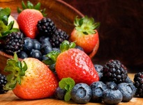 Ученые назвали ягоды, повышающие интеллект человека